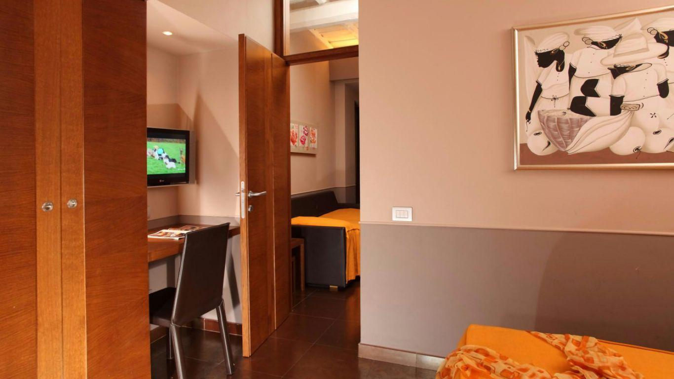 hotel-condotti-roma-rooms-13