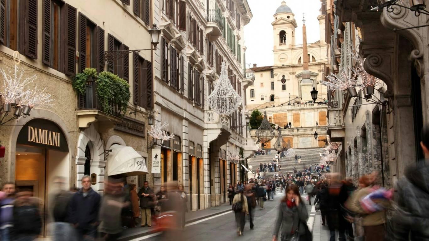 e86986a2bc812 condotti-hotels-rome-via-condotti-1
