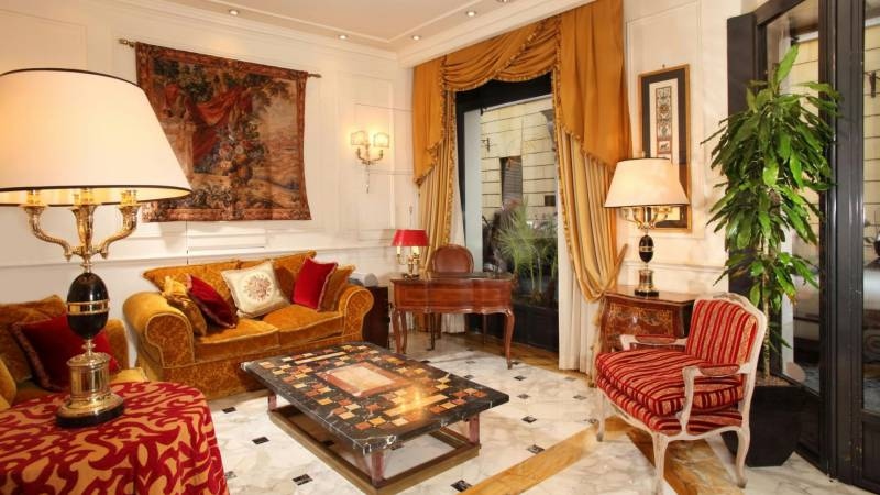 hotel-condotti-rome-indoor-6